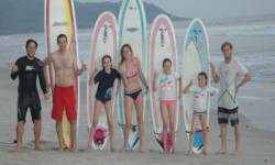 costa-ricafamily-surf-package